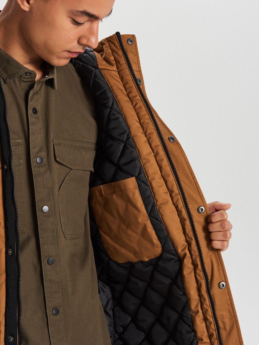 Silts ziemas mētelis ar kapuci - BRŪNS - WC149-82X - Cropp - 5