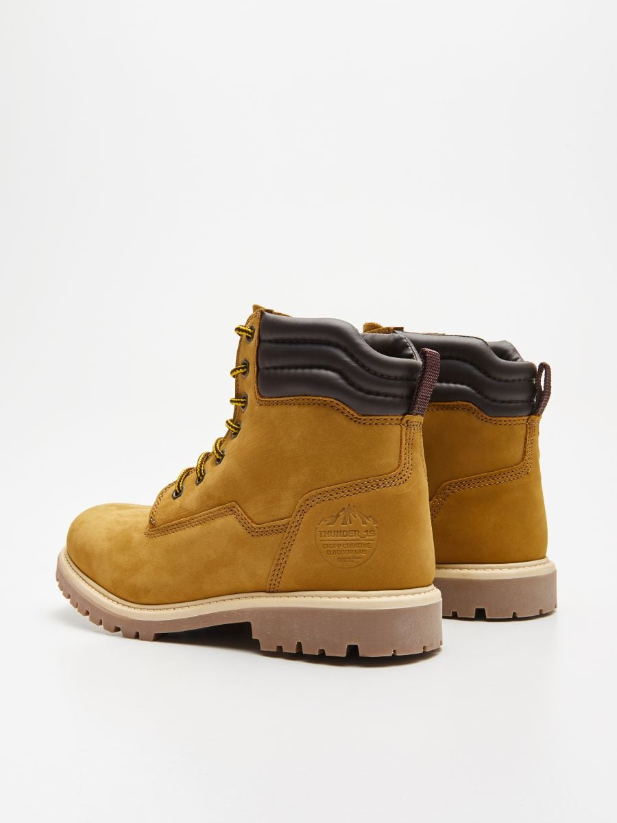 Ādas pārgājienu kurpes - DZELTENS - WN951-18X - Cropp - 4