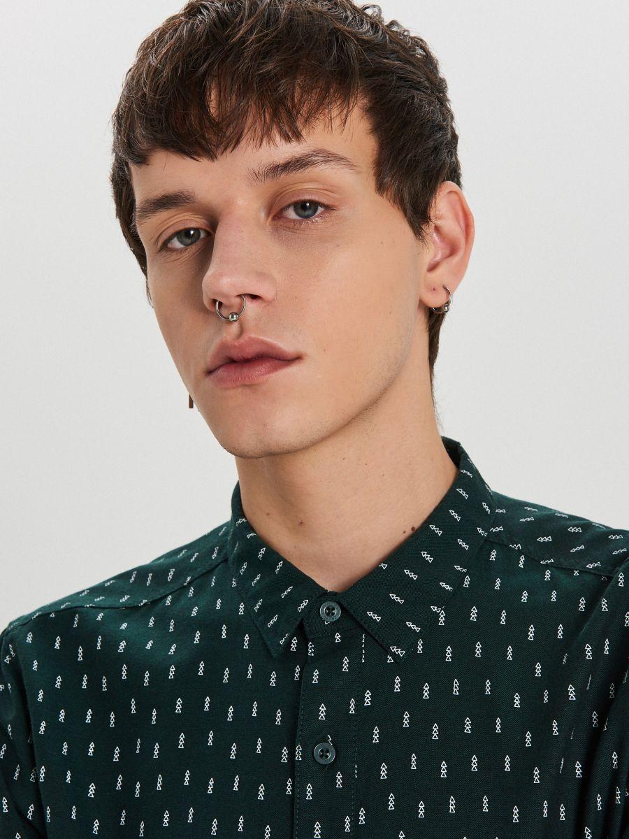Krekls ar smalku Ziemassvētku apdruku - ZAĻŠ - XK011-77X - Cropp - 4