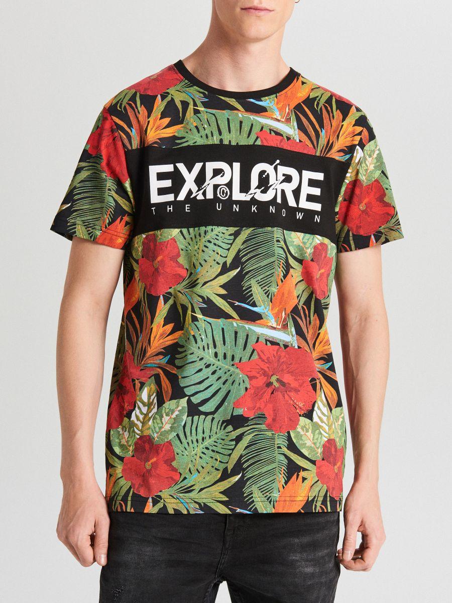 T-krekls ar apdruku - MELNS - XP502-99X - Cropp - 2