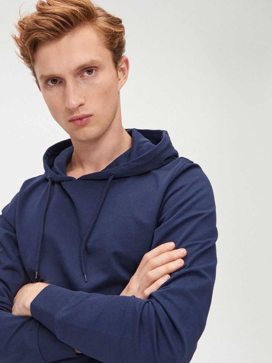 Vienkāršs džemperis ar kapuci - ZILS - XS693-57X - Cropp - 1