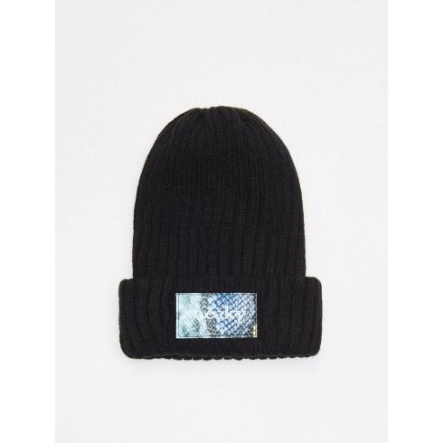 Rupja adījuma cepure