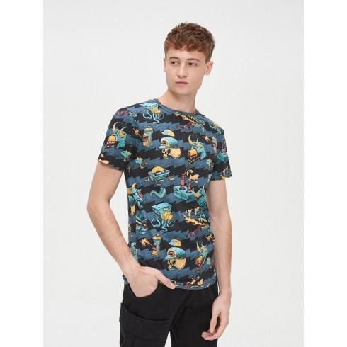 Marškinėliai su grafiniu piešiniu