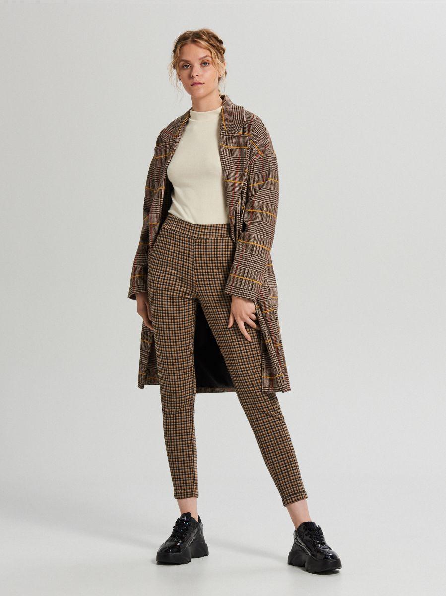 Lihtne ümara kaelusega džemper - KOORENE - WZ147-01X - Cropp - 1