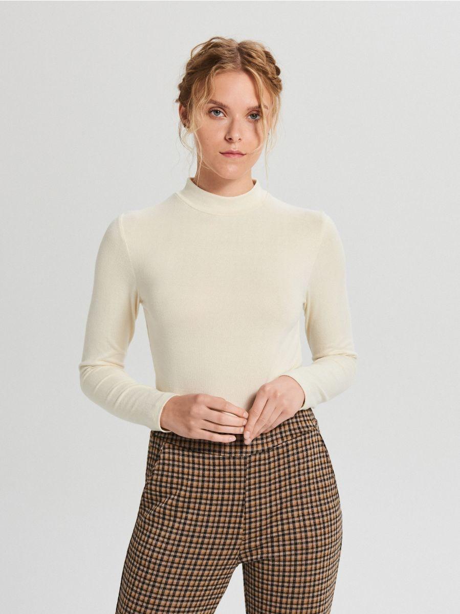 Lihtne ümara kaelusega džemper - KOORENE - WZ147-01X - Cropp - 3