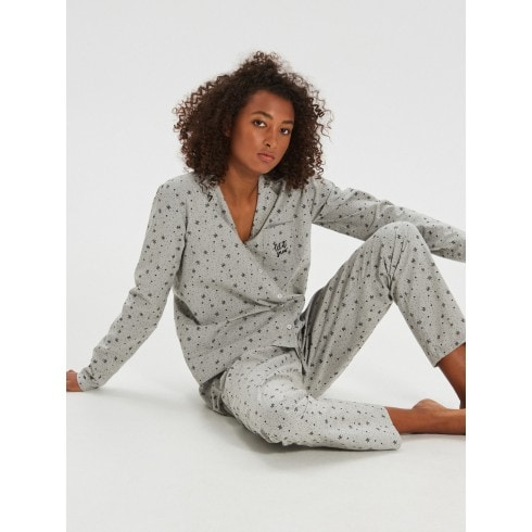 Kaheosaline pidžaama