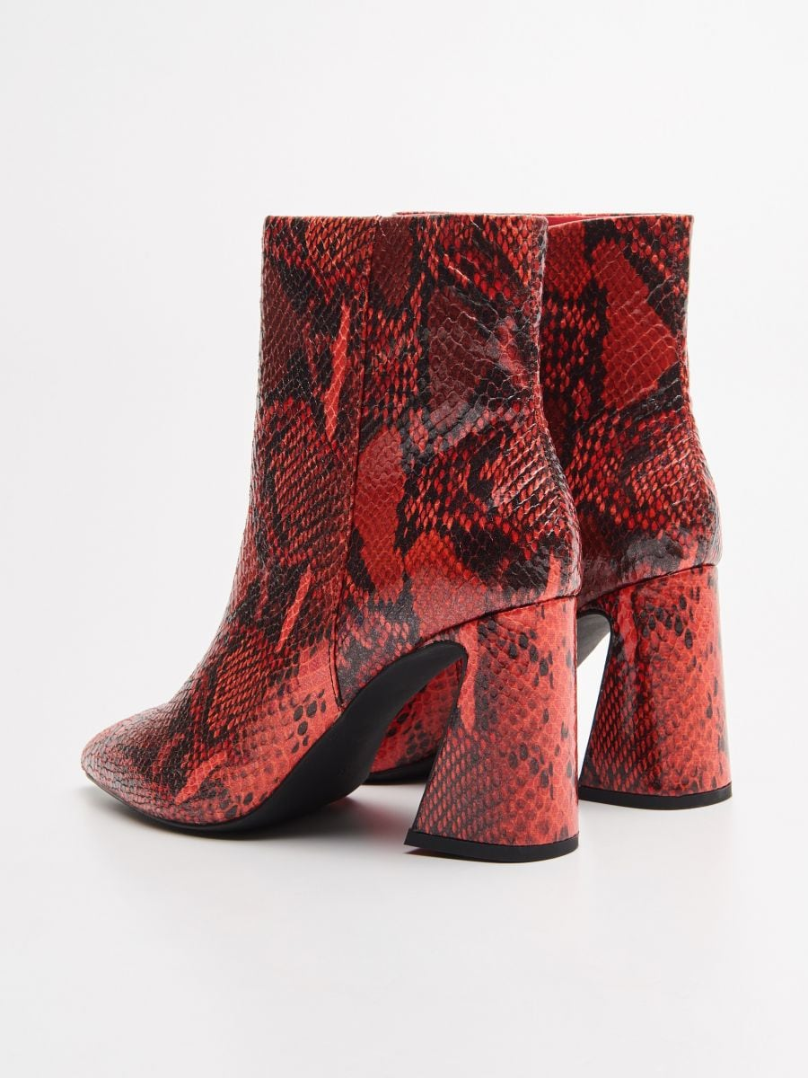 LADIES` ANKLE BOOTS - ЧЕРВОНИЙ - WE880-33X - Cropp - 4