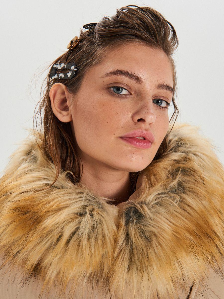 Куртка зі знімним екологічним штучним хутром - БІЖОВИЙ - WS140-08X - Cropp - 3