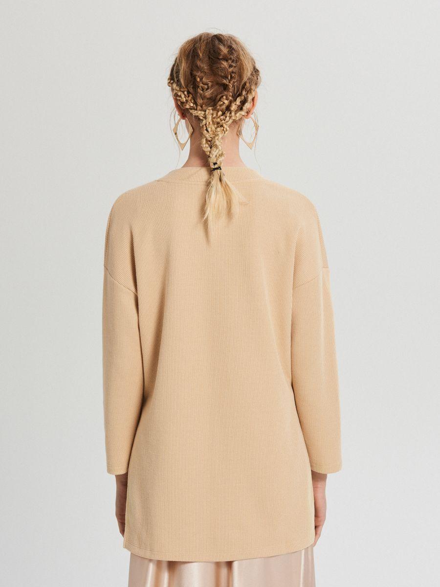 Блузка oversize з рукавами-дзвониками - БІЖОВИЙ - XD383-12X - Cropp - 4