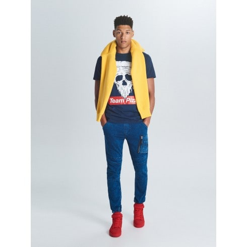 Приталені джинси-джогери з кишенею у стилі карго