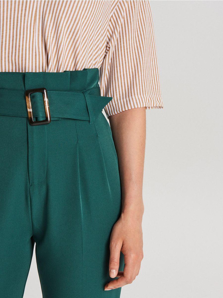 Nohavice s vysokým pásom a opaskom  - Khaki - WC051-79X - Cropp - 4