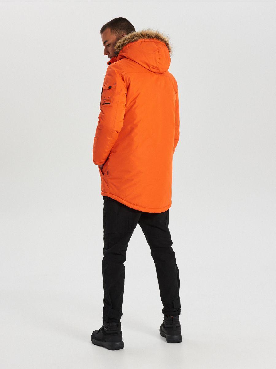 Teplá bunda s kapucňou z umelej kožušiny - Oranžová - WC156-22X - Cropp - 7