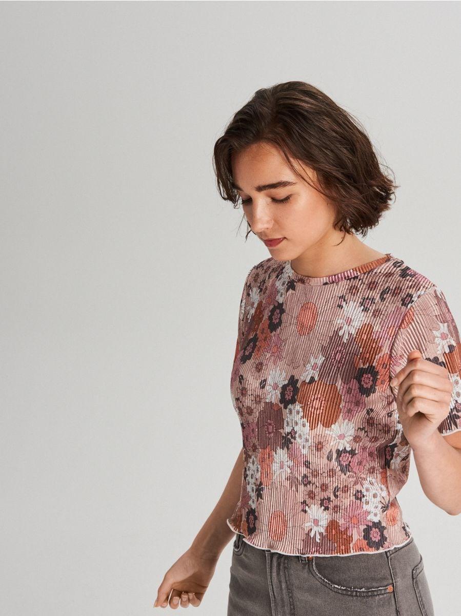 Tričko z prúžkovaného úpletu s kvetinovou potlačou - Krémová - WV263-02X - Cropp - 1