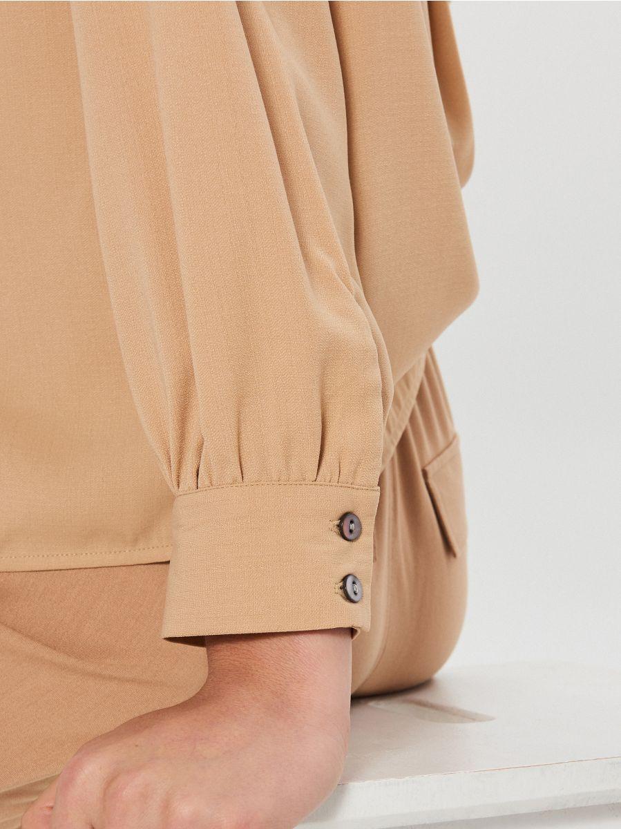 Košeľa s vreckami - Béžová - XI752-08X - Cropp - 4