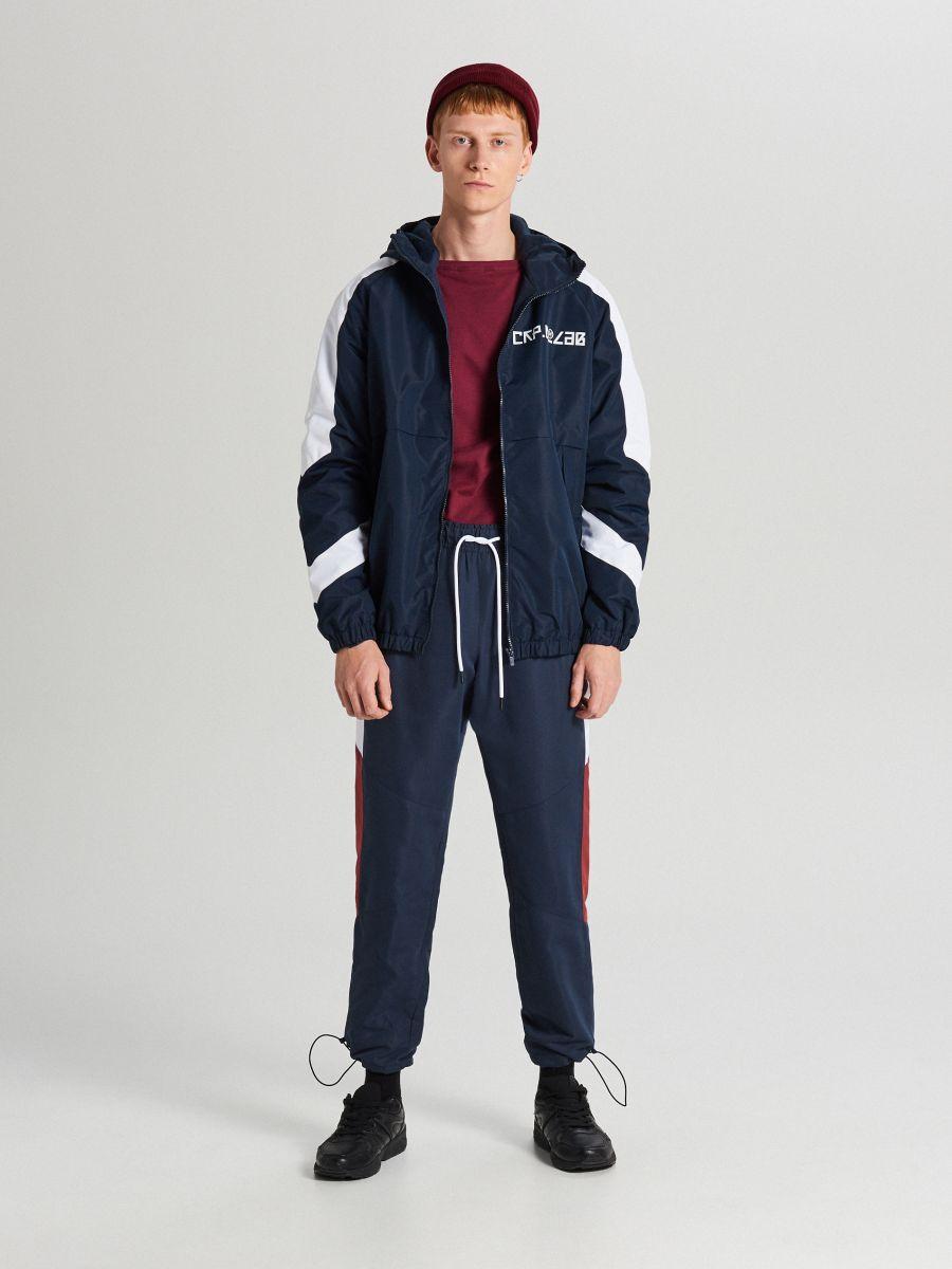 Športová bunda s kapucňou - Tmavomodrá - WA081-59X - Cropp - 2