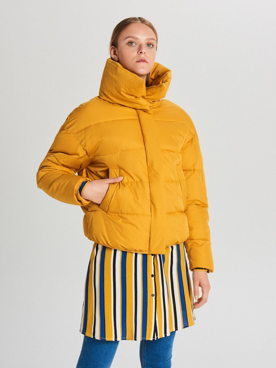 Pufovaná bunda - Žltá - WB866-17X - Cropp - 3