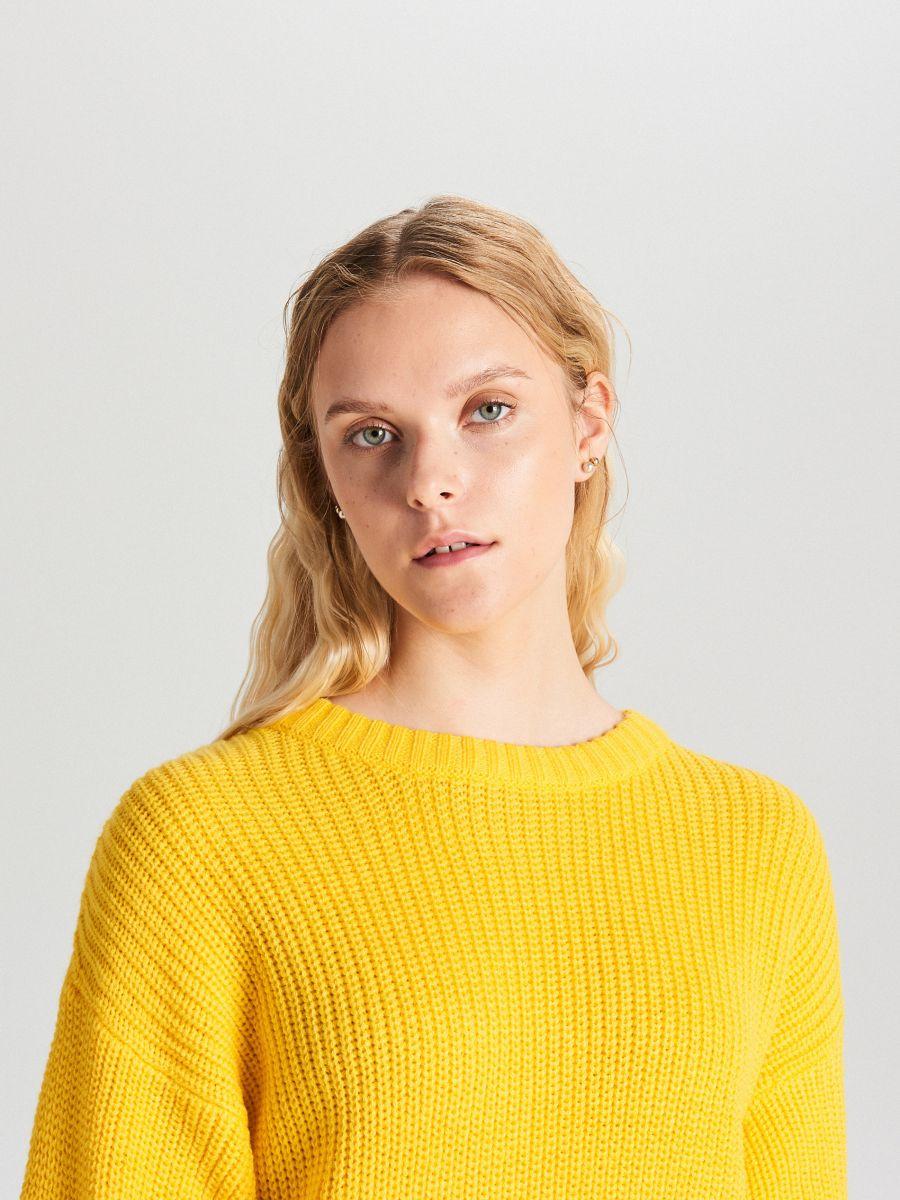 Oversize sveter - Žltá - WB907-18X - Cropp - 1