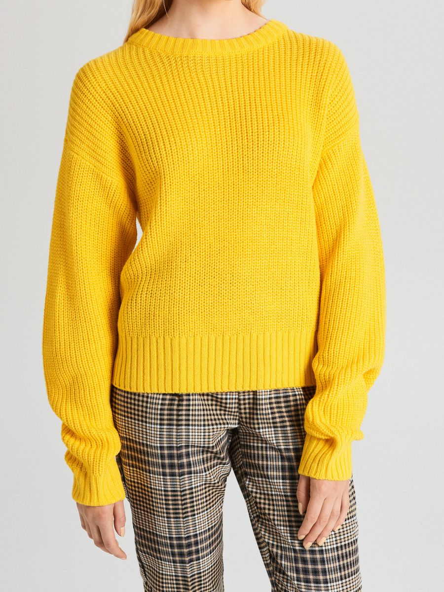 Oversize sveter - Žltá - WB907-18X - Cropp - 3