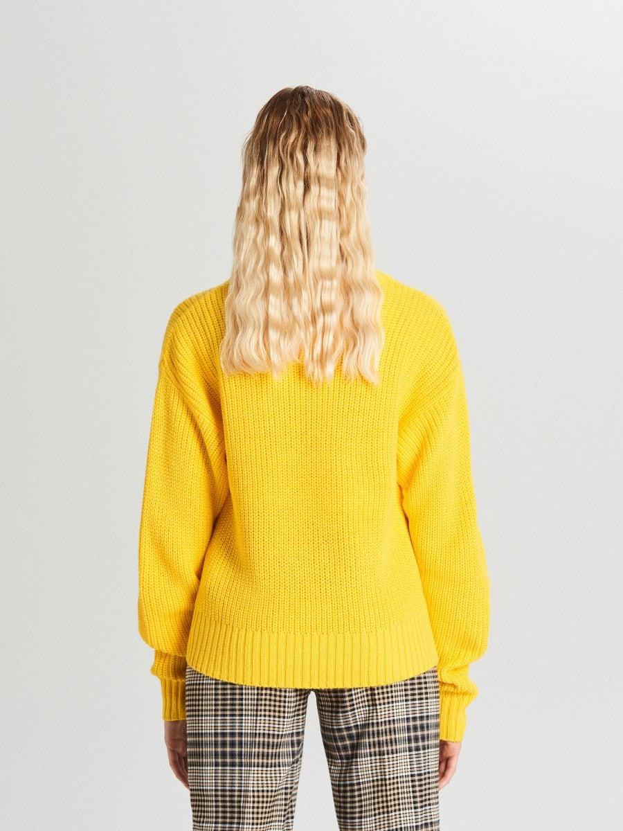 Oversize sveter - Žltá - WB907-18X - Cropp - 4