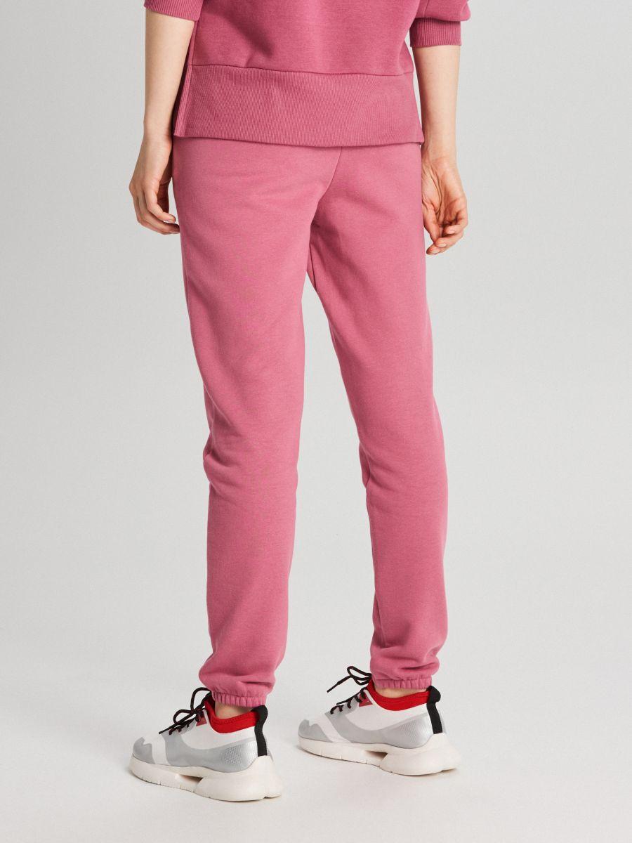 Teplákové nohavice s nápisom - Oranžová - WC046-28X - Cropp - 4