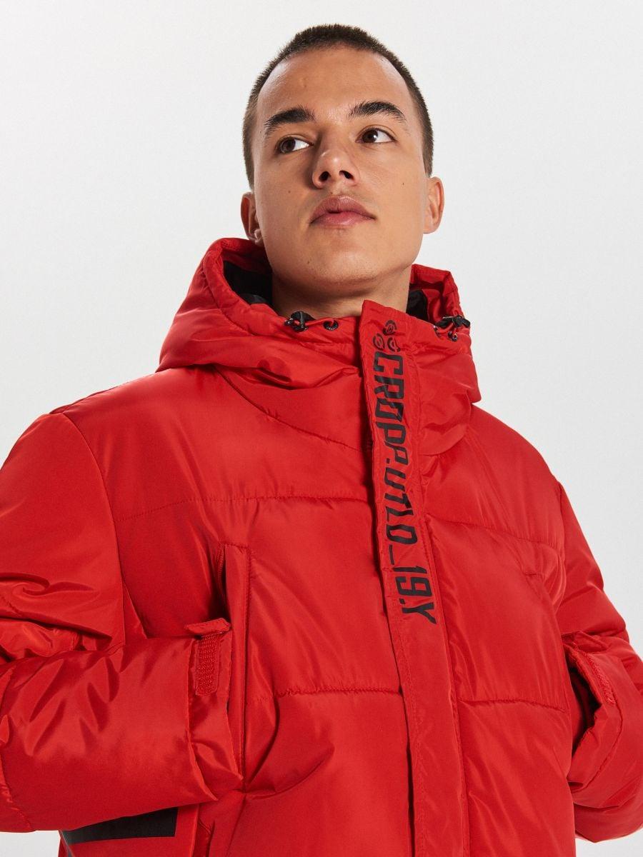Prešívaný plášť s kapucňou - Červená - WC146-33X - Cropp - 5