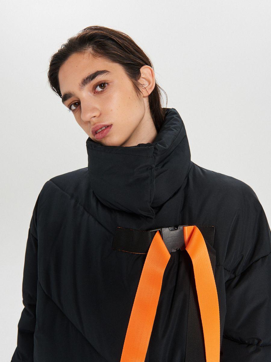 Prešívaná zimná bunda s dodatočnými prackami - Čierna - WG306-99X - Cropp - 2