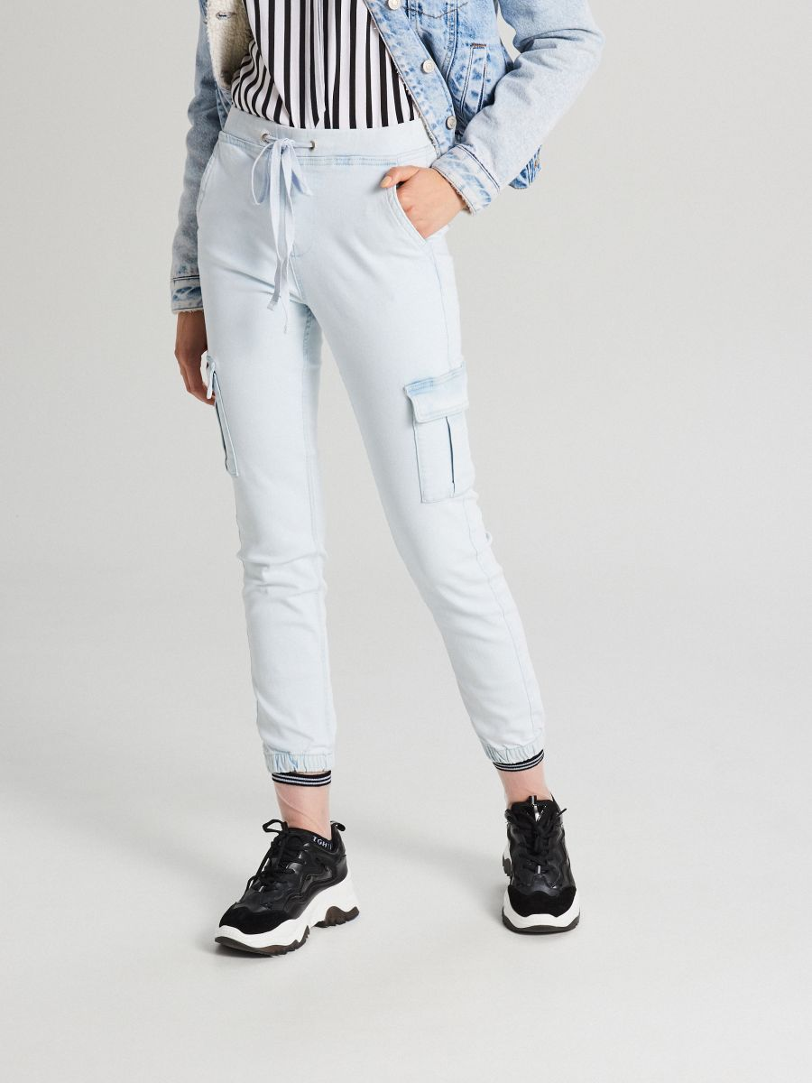 LADIES` JEANS TROUSERS - Modrá - WI377-05J - Cropp - 2
