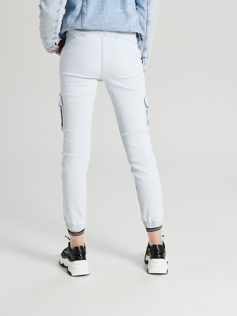 LADIES` JEANS TROUSERS - Modrá - WI377-05J - Cropp - 3