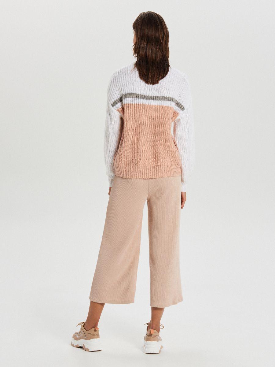 Viacfarebný sveter - Krémová - WM681-01X - Cropp - 4