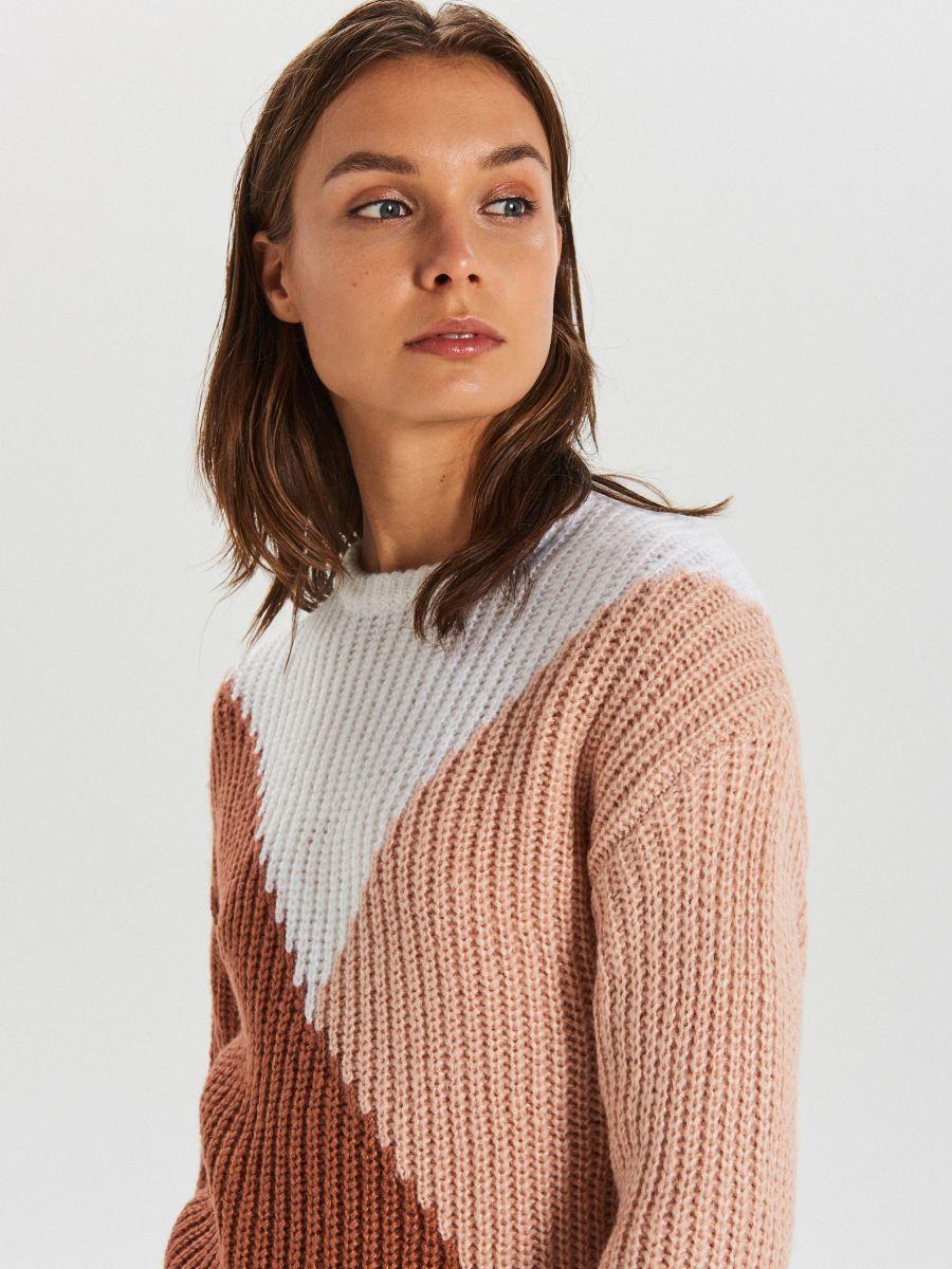 Viacfarebný sveter - Oranžová - WM681-28X - Cropp - 2