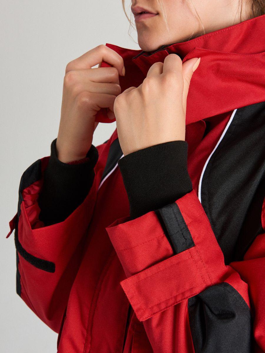 Bunda oversize s kapucňou - Červená - WS144-33X - Cropp - 7