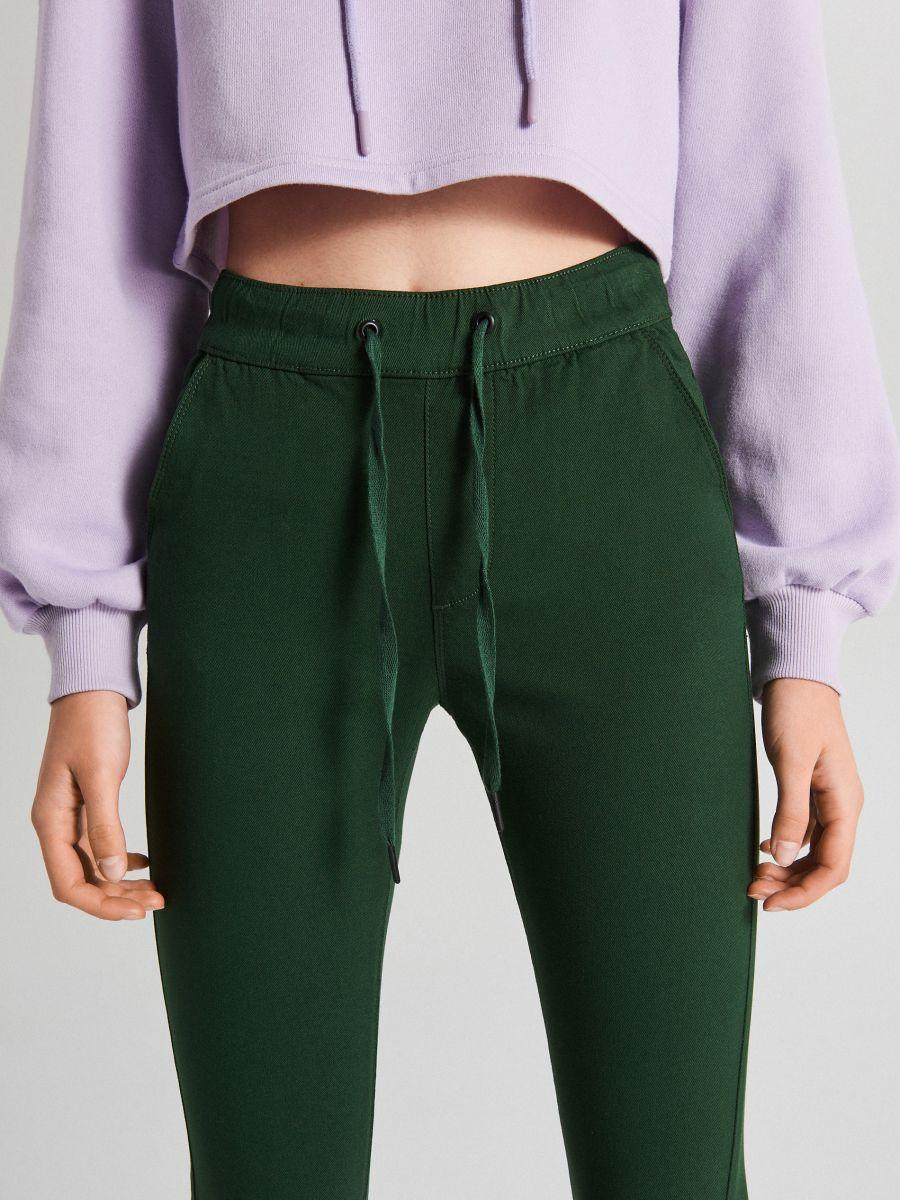 Nohavice so sťahovacím lemom - Khaki - WS553-78X - Cropp - 3