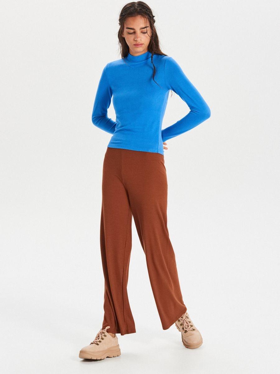 Hladký sveter so stojačikom - Modrá - WZ147-55X - Cropp - 2