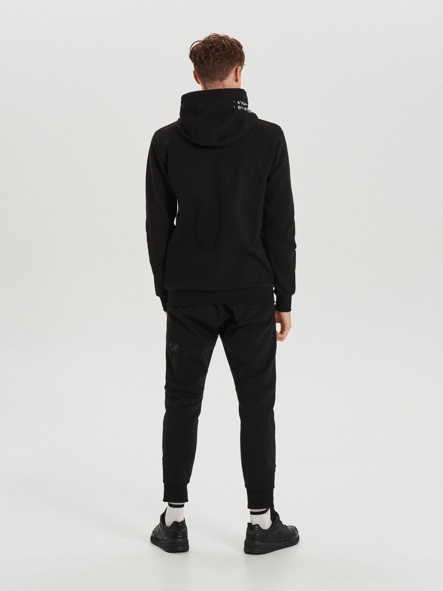 Mikina s kapucňou techwear z rôznych materiálov - Čierna - XG624-99X - Cropp - 5