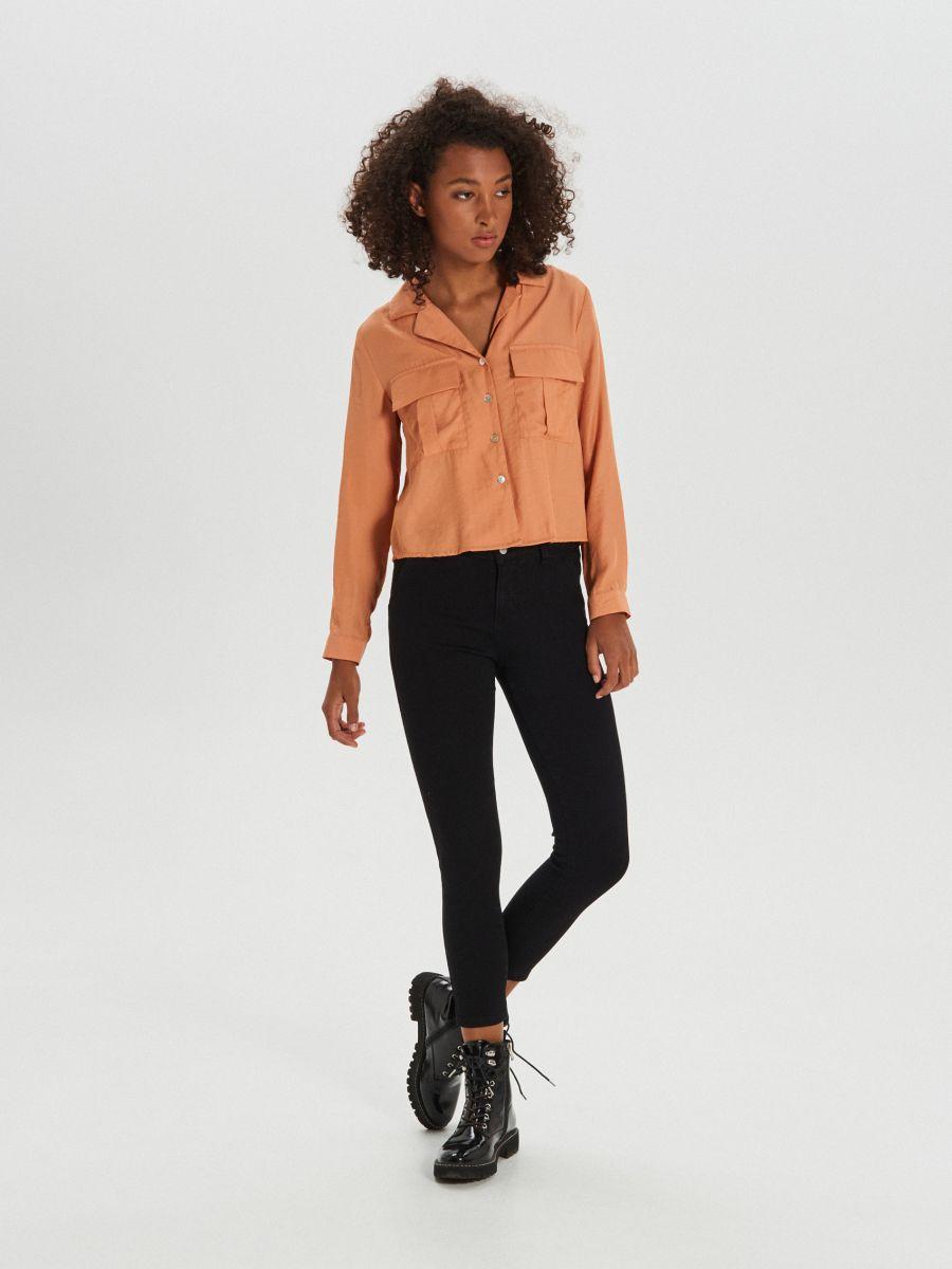 Košeľa s vreckami - Oranžová - XI755-28X - Cropp - 2