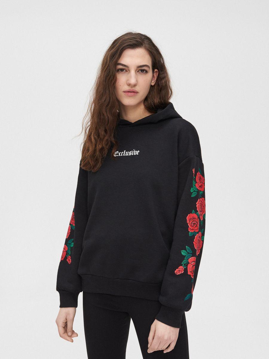 Mikina s kapucňou a potlačou s motívom ruží - Čierna - XX273-99X - Cropp - 3