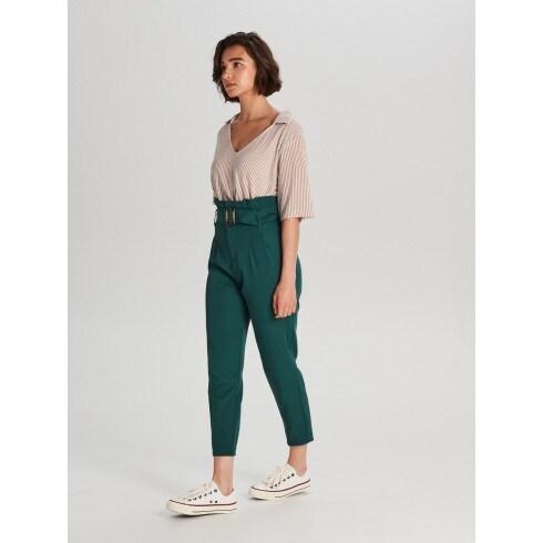 Nohavice s vysokým pásom a opaskom