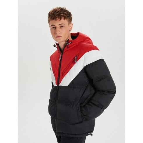 Zimná bunda s kontrastnými vsadkami