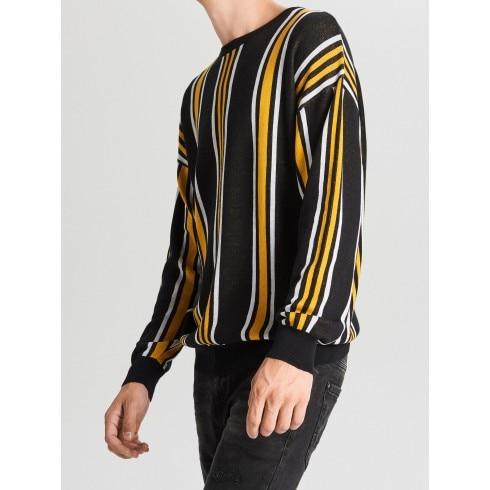 Prúžkovaný sveter