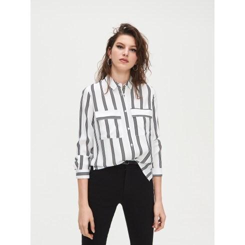 Pásikavá viskózová košeľa