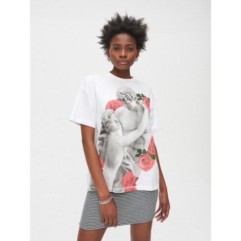 Oversize tričko s potlačou s motívom ruží