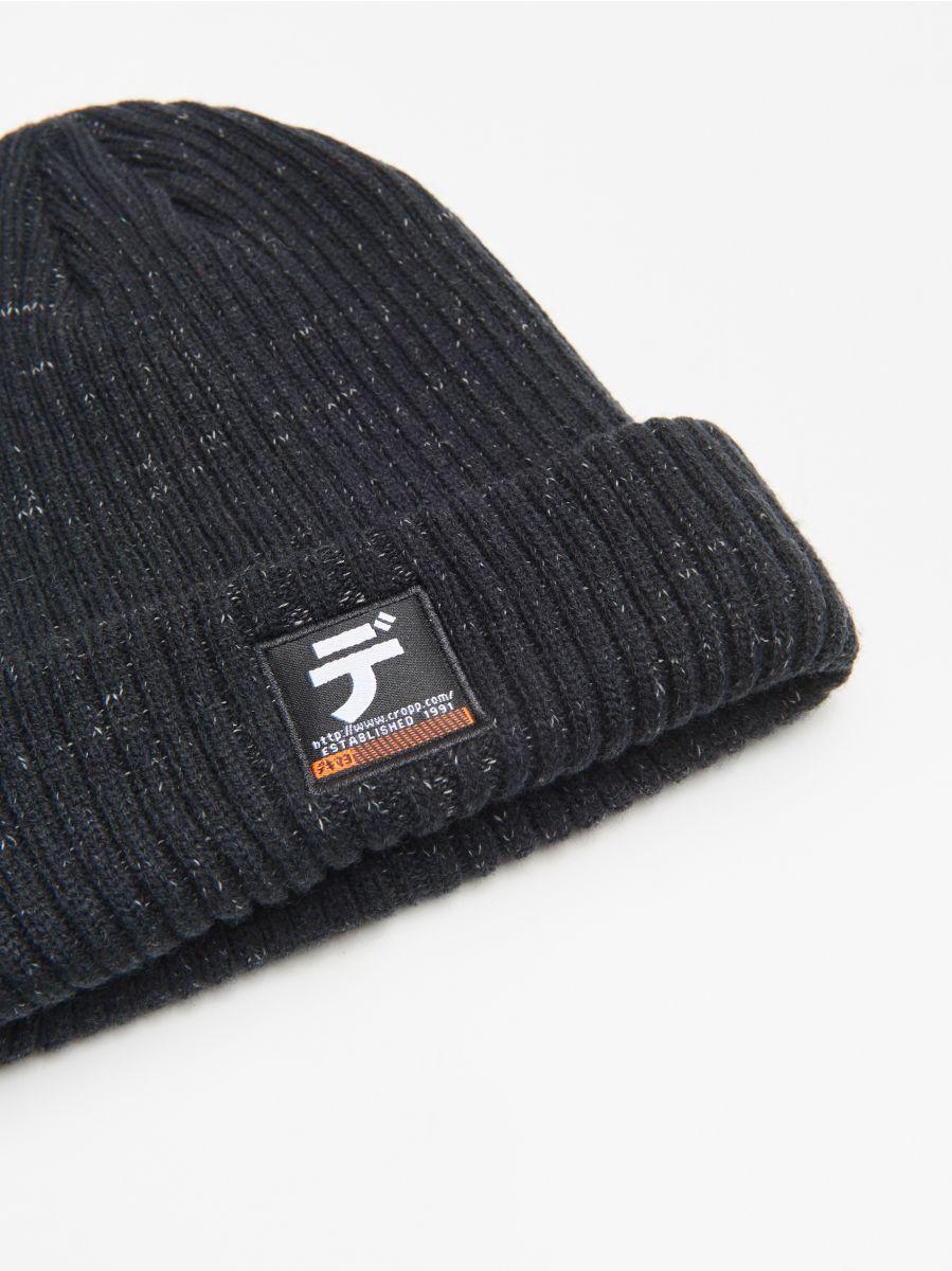 Șapcă cu emblemă - NEGRU - WA006-99X - Cropp - 2