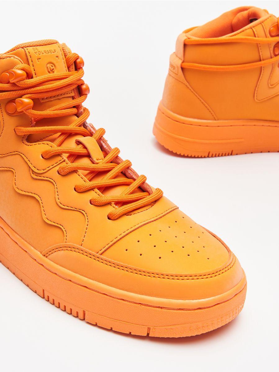 Pantofi Sneakers peste gleznă - ORANJ - WE874-22X - Cropp - 2