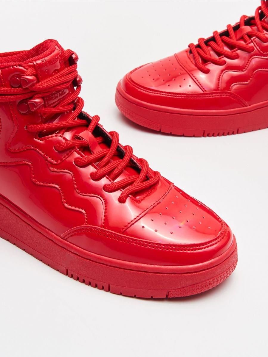 Pantofi Sneakers peste gleznă - ROȘU - WE874-33X - Cropp - 2