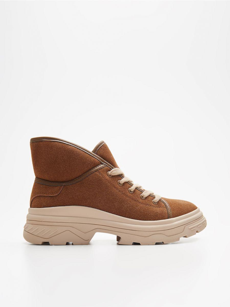 Pantofi călduroși cu talpă lată - MARO - WE910-82X - Cropp - 1