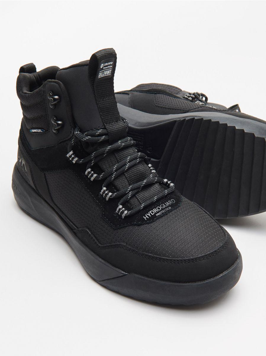 Pantofi sport ușori, cu înveliș impermeabil - NEGRU - WN943-99X - Cropp - 2