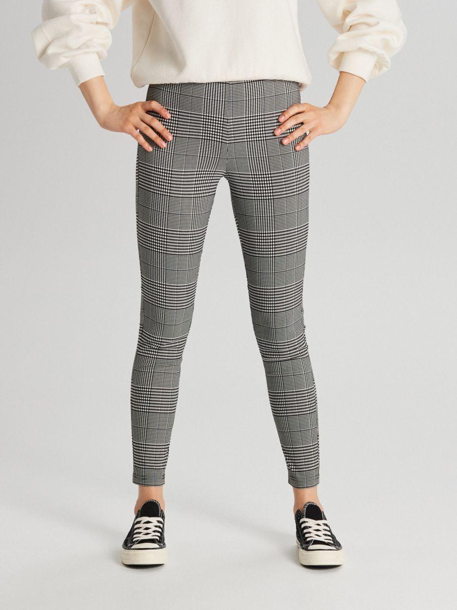 Pantaloni chino cu talie înaltă - GRI DESCHIS - WC050-09X - Cropp - 2