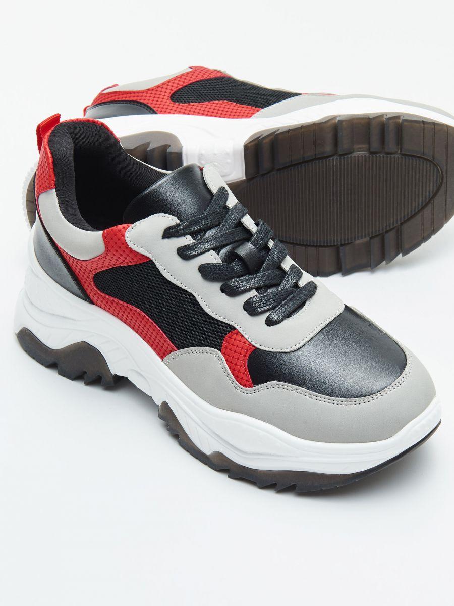 Pantofi sport chunky cu detalii în contrast - ROȘU - WE873-33X - Cropp - 2