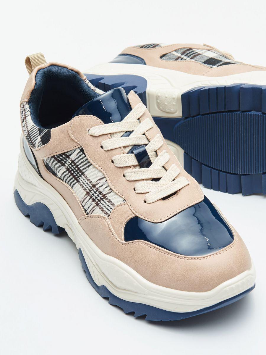 Pantofi sport chunky cu detalii în contrast - ALBASTRU - WE873-55X - Cropp - 2