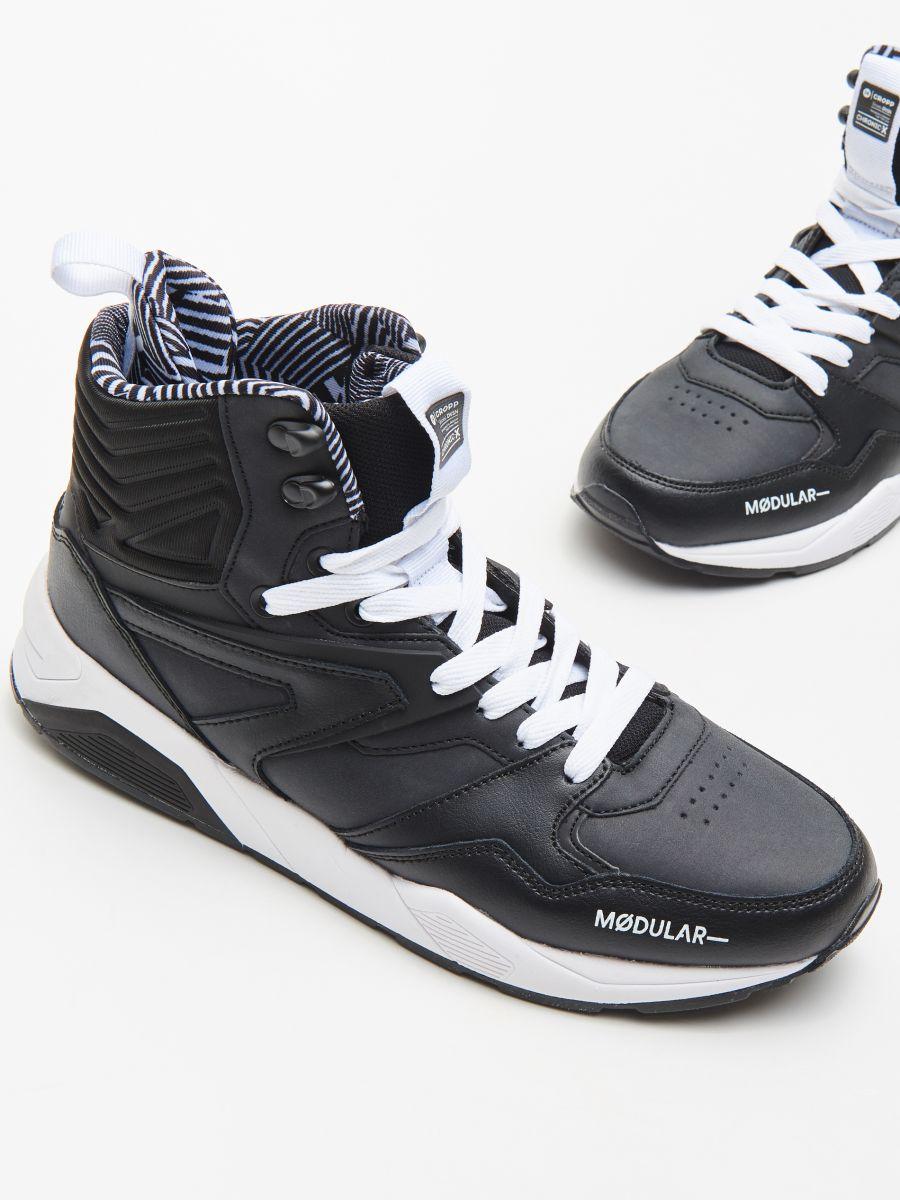 Pantofi cu închidere la gleznă - NEGRU - WN941-99M - Cropp - 2
